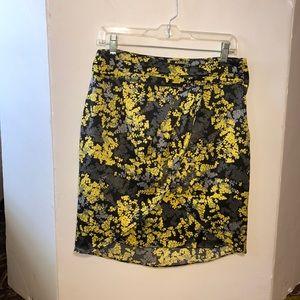 H&M Women Black~Yellow~Gray Floral Skirt Size 10